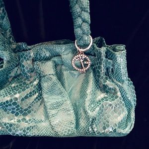 889bf5e93c8a G by Guess Bags - G by Guess emerald green handbag - like new